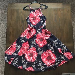Soprano size small sundress